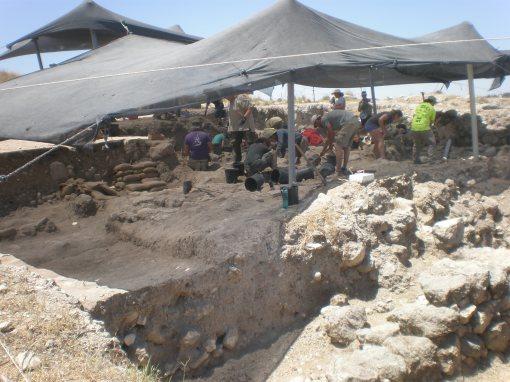 Archeological Dig, Bet Shemesh